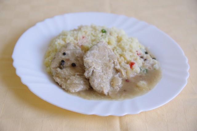 Kuracie-Goody-foody-na-farebnom-korenípaprikový-kuskus.